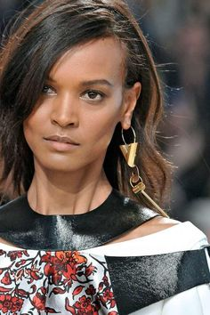 A Single Earring Trend | Fashionterest