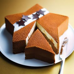 Uploaded by vermilion. Find images and videos about food, sweet and chocolate on We Heart It - the app to get lost in what you love. Food Cakes, Cupcake Cakes, Cupcakes, Xmas Food, Christmas Sweets, Christmas Log, Bolo Original, Sweet Recipes, Cake Recipes