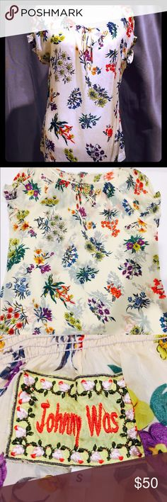 Johnny Was short sleeve top Cut for a free-flowing relaxed fit Johnny Was Tops Blouses