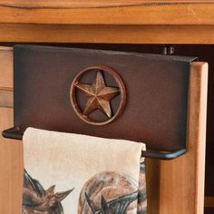 Star Over The Cabinet Towel Holder Americana Kitchen Dinning