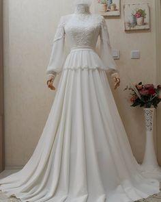 Muslimah Wedding Dress, Muslim Wedding Dresses, White Wedding Dresses, Hijab Evening Dress, Hijab Dress Party, Evening Dresses, Hijab Fashion, Fashion Dresses, Hijab Stile