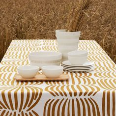 The graphic Vilja pattern designed by Minna Niskakangas is inspired by golden fields of grain swaying in the early autumn breeze. The modern and trendy design language of the collection works beautifully in city homes, country cottages and everything in between. Vilja kitchen products fit wonderfully in modern Scandinavian interior style. Vilja ceramic mug and tray looks great combined with our white ceramics made in Finland. The collection consists of two colors: earthy brown and fresh pink. Modern Scandinavian Interior, Early Autumn, Country Cottages, Ceramic Tableware, Design Language, Kitchen Products, Finland, Interior Styling, Earthy
