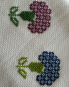 1 million+ Stunning Free Images to Use Anywhere Cross Stitch Borders, Cross Stitch Designs, Cross Stitching, Cross Stitch Patterns, Free To Use Images, Bargello, Diy And Crafts, High Quality Images, Crochet