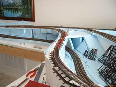 ho train layout built with foam board Ho Scale Train Layout, Ho Train Layouts, Hobby Desk, N Scale Model Trains, Model Railway Track Plans, Hobby Trains, Building, Hobbies, Model Railroader