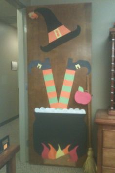 "Happy ""FALL"" Y'all! Door decorating contest 2012"