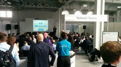 Standing room only at the VMware Technical Theater at Cloud World Forum 2014 in London. (via @adrianvoss on Twitter)