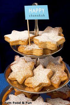 Hanukkah Donuts | #hanukkah #chanukah #chanukkah #food #dessert #holiday