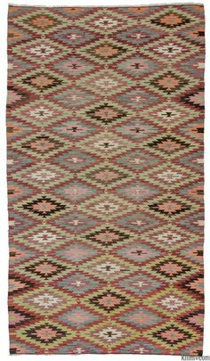 Vintage handwoven Afyon kilim rug around 50 years old and in very good condition. Afyon is located in the Aegean region of Turkey. (ID: K0010247)
