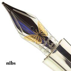 Fountain Pen Nibs, Best Fountain Pen, Expensive Pens, Vintage Pens, Luxury Pens, Antique Typewriter, Beautiful Handwriting, Best Pens, Stamps