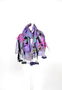 Bufanda de fieltro nuno fieltro regalo arte por KateRamseyFelt, $66.00