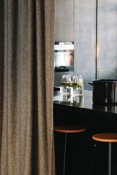 Schenken und Genießen | KRAUTKOPF Enamel Pan, Home Decor, Decoration Home, Room Decor, Home Interior Design, Home Decoration, Interior Design