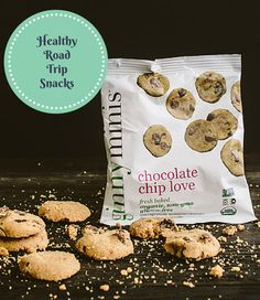 Healthy Road Trip Snacks - Leave the jerky, potato chips, and other junk food behind with these healthier options! Road Trip Snacks, Travel Snacks, Road Trips, Healthy Dinner Recipes, Great Recipes, Healthy Snacks, Packing Tips For Travel, Travel Ideas, Image Healthy Food