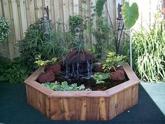 DIY Small garden pond - Instructions for a wooden mini pool Small Pond Fountains, Ponds For Small Gardens, Small Ponds, Water Gardens, Patio Pond, Garden Pond, Backyard Patio, Pond Design, Water Features In The Garden