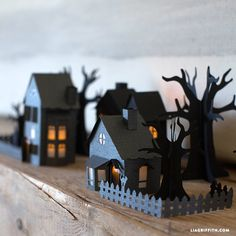 Mini Paper Halloween Village - Halloween craft Make your own super spooky paper haunted village with these patterns and tutorial from handcrafted lifestyle expert Lia Griffith and team. Halloween Designs, Halloween Art Projects, Halloween Paper Crafts, 3d Paper Crafts, Holiday Crafts, Diy And Crafts, Foam Crafts, Paper Art, Diy Halloween Village