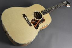 Gibson J-35 Montana Acoustic-Electric Guitar