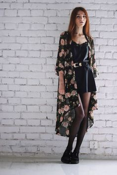 I'm utterly in love with this kimono and if I could I would wear it every day. Walking Barefoot, Kimono, Cold Shoulder Dress, The Incredibles, My Style, How To Wear, Dresses, Fashion, Vestidos