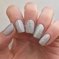 Uber simple glitter nails. Super cute for the holiday season!