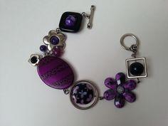"""Bracelet asymétrique violet"", ""Bracelet moderne"", ""Bijou unique"" : Bracelet par bijouxlibellule Purple Necklace, Purple Jewelry, Gifts For Women, Gifts For Her, Bangle Bracelets, Bangles, Bijoux Design, Beaded Jewelry, Mothers"