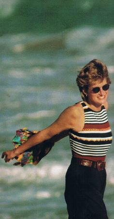 24 FEBRUARY 1995 PRINCESS DIANA ENJOYS THE LAST OF HER WINTER HOLIDAY IN THE…