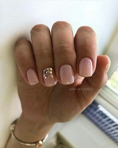 120 trending early spring nails art designs and colors 2019 page 39 - Nägel - Nageldesign Nails Yellow, Pink Nails, My Nails, Hair And Nails, Gold Gel Nails, Shellac Nails, Trendy Nails, Cute Nails, Pretty Gel Nails