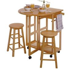 Fresh Winsome Space Saver with 2 Stools Square