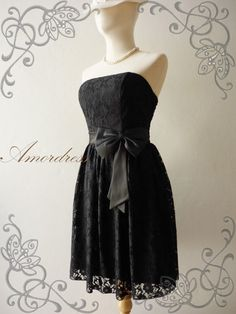 Amor Vintage Inspired Princess Romance Strapless Lace by Amordress...this is a beautiful dress