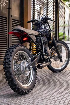 freelancethink: honda xr250 by low brow customs