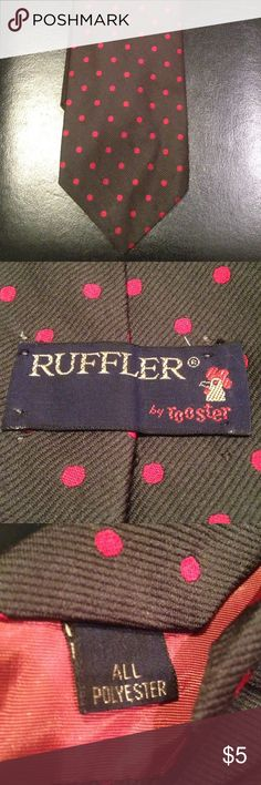 Vintage Ruffler by Rooster Necktie Vintage • Gently Worn • %100 Polyester • Dark Green/Red Ruffler Accessories Ties