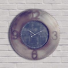 Tenemos en oferta este precioso Reloj de Pared estilo industrial. Fabricado en hierro forjado. 80 cm de diámetro.  Ahora un 25% menos. No perdáis esta oportunidad!!!! #relojdepared #relojindustrial #hierroforjado #urbanstyle #industrialdecor #industrialstyle #brickwall #clocks #industrialclock #loft #coolwalls #decoraciondeinteriores #decoraciondeparedes #oferta #rebaja #coolthings #time #tiendaonline #gouconcept