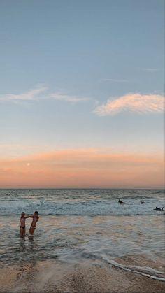 Beach Aesthetic, Summer Aesthetic, Flower Aesthetic, Travel Aesthetic, Summer Pictures, Beach Pictures, Summer Feeling, Summer Vibes, Poses Photo