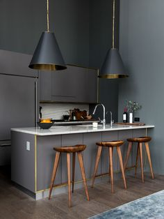 Rustic meets modern kitchen design || Gold and Grey Color Combo