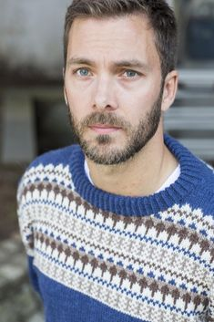 The Oskar Sweater is the perfect men's Winter pattern and Christmas gift. Find this fair isle pattern and more knitting inspiration at LoveKnitting. Knitting Books, Knitting Yarn, Best Suits For Men, Norwegian Knitting, Fair Isle Pattern, Lang Yarns, Fair Isle Knitting, Paintbox Yarn, Yarn Brands