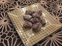 Chocolate Rolled dates!  Little gems like these can cost a fortune yet so easy to make instead!  Melt grain sweetened dark chocolate, a tad of coconut oil and dip dates and then roll in macaroon coconut!  If your not a fan if dates you can dip any dried fruit!  Refrigerate or store in freezer and there's always a healthy treat when it's time for one!