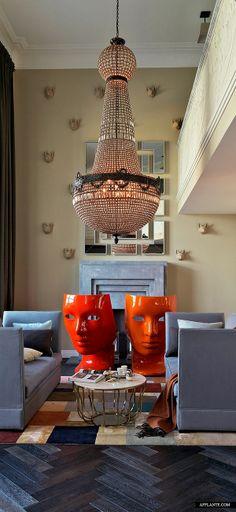 13 Fox Masques Apartment in Moscow // Alexander Akinkyn