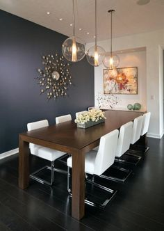 Get inspired by these dining room decor ideas! From dining room furniture ideas, dining room lighting inspirations and the best dining room decor inspirations, you'll find everything here! Dining Room Walls, Dining Room Design, Dining Room Furniture, Dining Area, Room Chairs, Small Dining, Dining Room Colors, Dining Tables, Outdoor Dining