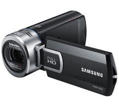 Neben einem hoch empfindlichen 5 Megapixel BSI-CMOS-Sensor verfügt der Camcorder HMX-Q20 von Samsung über einen 20-fachen optischen Zoom. So bannt der Q20 wunderschöne Full-HD-Videos auf die SD- oder SDHC-Speicherkarte.