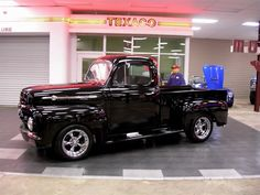 1952 Ford F1 Pick-Up Truck. This is one reason I want to learn to work on old cars!!