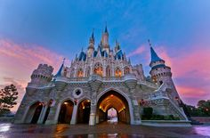 It's a good morning at Cinderella Castle!