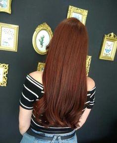 44 Newest Redheads Hairstyle Ideas - rote Frisuren Brunette Hair Pale Skin, Brown Blonde Hair, Hair Color Auburn, Red Hair Color, Brown Auburn Hair, Long Auburn Hair, Redhead Hairstyles, Hairstyles Haircuts, Ginger Hair Color