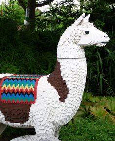 Lego llama animal Funny Llama, Cute Llama, Llama Llama, Llamas, Baby Animals, Cute Animals, Lego Universe, Llama Arts, Lego Creations
