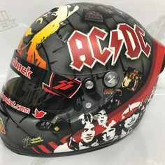 """Mi piace"": 545, commenti: 16 - Noah Ennis (@shellshockco) su Instagram: ""AC⚡️DC themed helmet for a clients buddy, everywhere you look this helmet is packed with…"""