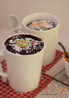 2-Minutes Cake in Mugs (in microwave) by theresahelmer