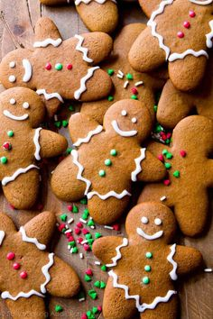 Cookie Recipes Perfect For Christmas Cookie Exchanges- Soft and Chewy Gingerbread Man Recipe from Sally's Baking Addiction Easy Christmas Cookie Recipes, Best Christmas Cookies, Christmas Sweets, Holiday Cookies, Holiday Treats, Xmas Desserts, Dessert Recipes, Christmas Eve, Holiday Recipes