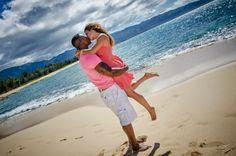 Award winning photography for over 3 decades. Poses For Photos, Group Photos, Family Photos, Couple Photos, North Shore Hawaii, Hawaii Beach, Sunset Photos, Beach Photos, Award Winning Photography