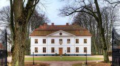 Swedish castle for sale - only 29,5 million swedish crowns!
