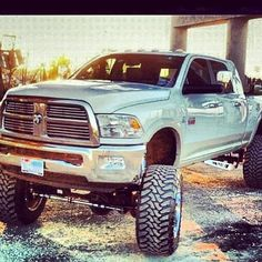 Love :) Will be getting a mega cab for our little guy to have plenty of room :)