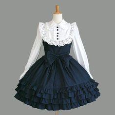 The Library for Lolita Fashion Kawaii Fashion, Lolita Fashion, Cute Fashion, Girl Fashion, Skull Fashion, Cosplay Outfits, Dress Outfits, Girl Outfits, Skater Outfits