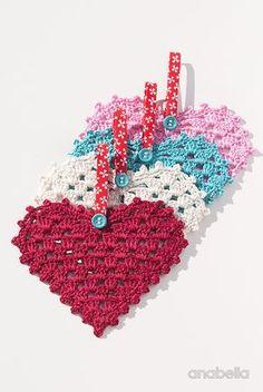 Crochet Granny Hearts, free pattern, Anabelia Craft Design