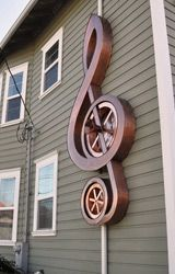 When water is fed from the gutter, waterwheel axle powers a music box that plays Canon in D major. Decorative Downspouts, Detail Architecture, Rain Collection, Copper Art, Waterworks, Roof Repair, Water Systems, Le Moulin, Outdoor Projects