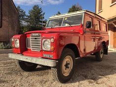 rare power steering 1981 Land Rover Defender restored for sale Land Rover Series 3, Off Road, Station Wagon, Diesel Engine, Land Rover Defender, Range Rover, Cars For Sale, Landing, Dream Cars